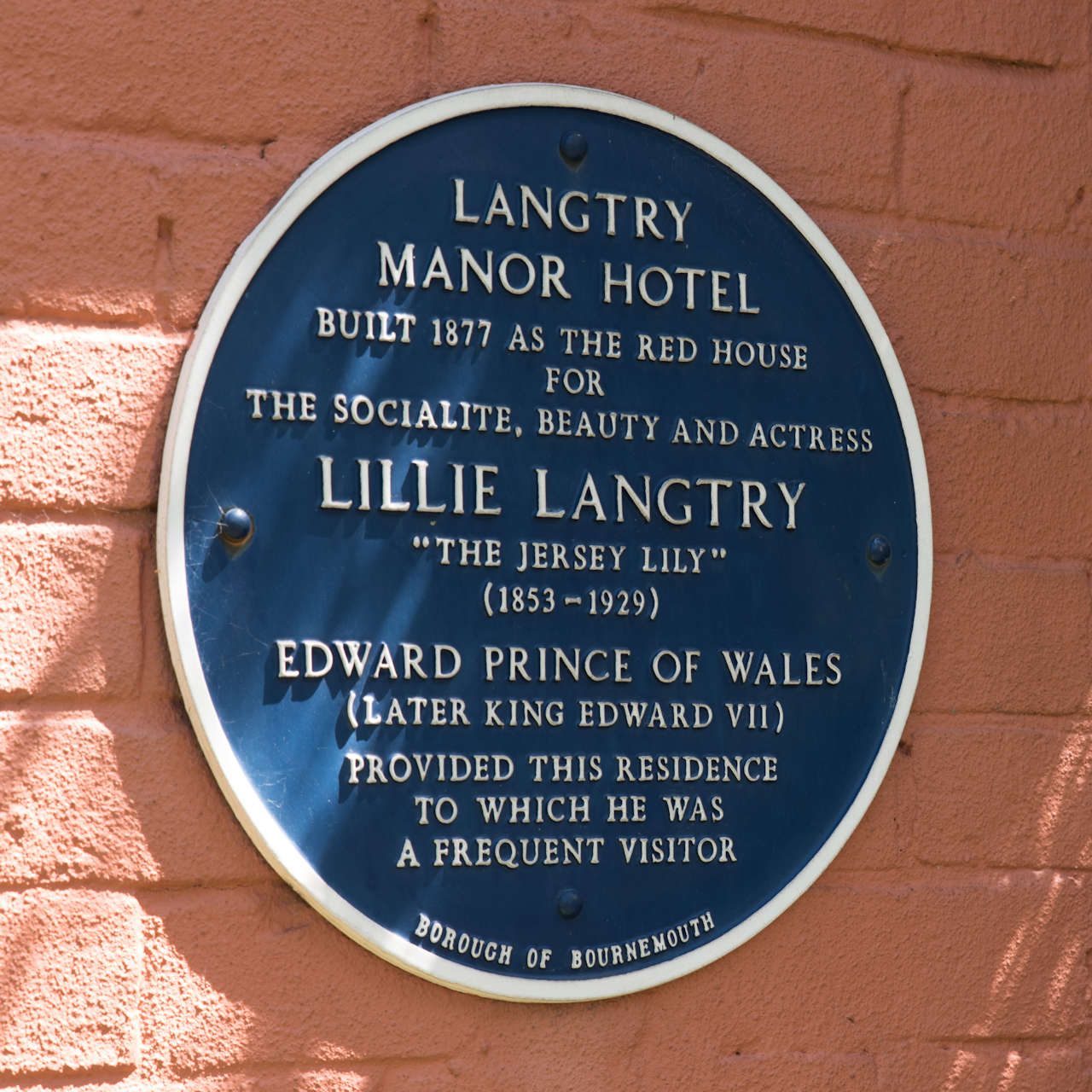 Langtry_plaque_Heritage_022